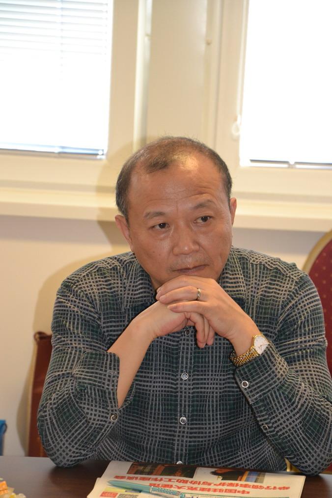▲自贡市侨联副主席 杨宏伟