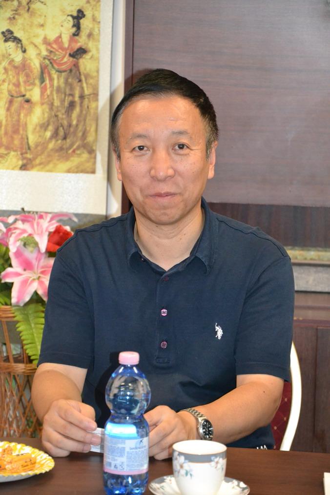 ▲捷克中国学生学者联谊会主席 戴波
