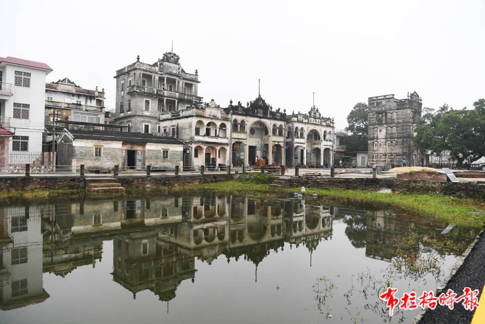 江门是世界文化遗产开平碉楼与村落所在地,是著名的中国侨都。图为仓东村的碉楼群。杨兴乐 摄